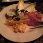 日比谷公園でやっていたオクトーバーフェストをきっかけに、有楽町のドイツ料理居酒屋「ジェーエス・レネップ」に一人で飲みに行ってきた!