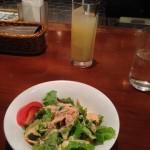 日比谷通り沿いのイタリアン Caspita! Shinbashi(カスビタ シンバシ)で、スタランチAセットを1000円→500円で食べてきた。